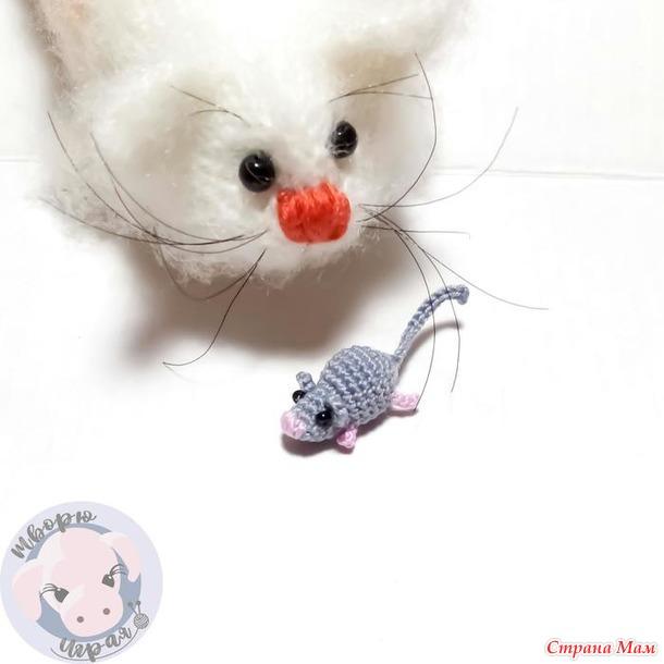 Мышонок для котенка. Описание.