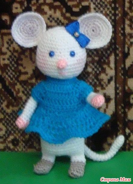 """Решила показать своих мышек вноминации""""Острые зубки""""""""А вдруг еще медальку выдадут. Мышки, конечно, однотипные, но отличаются украшением и цветом нарядов."""