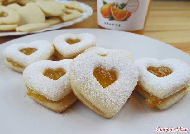 Миндальное печенье с апельсиновым джемом