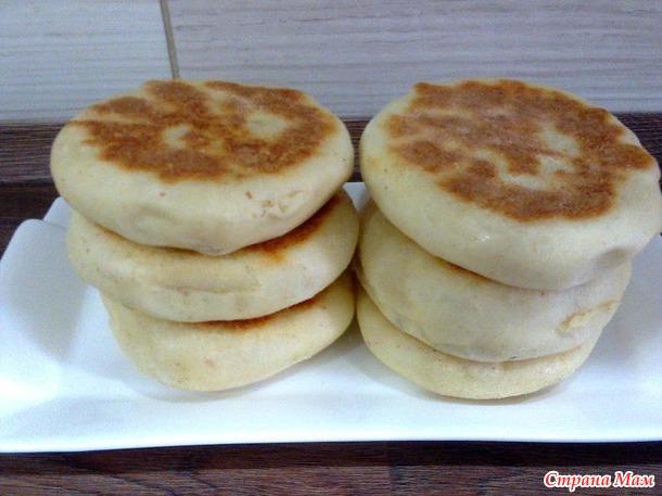 Английские маффины - дрожжевые булочки, испечённые на сковороде