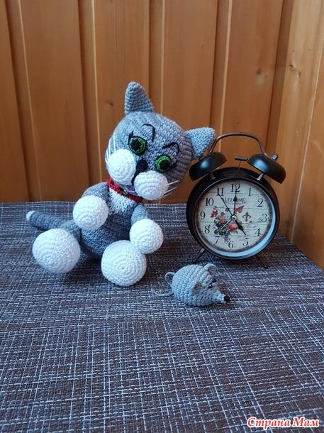 Котенок и мышка