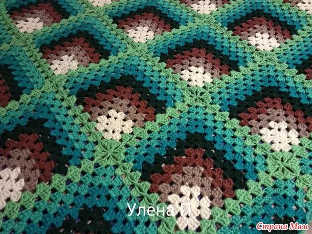 Плед 3 D в коричнево-зеленых тонах