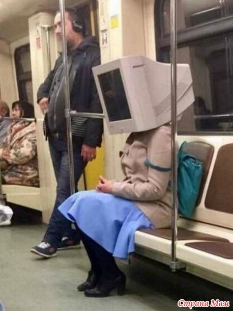 Странные пассажиры в метро
