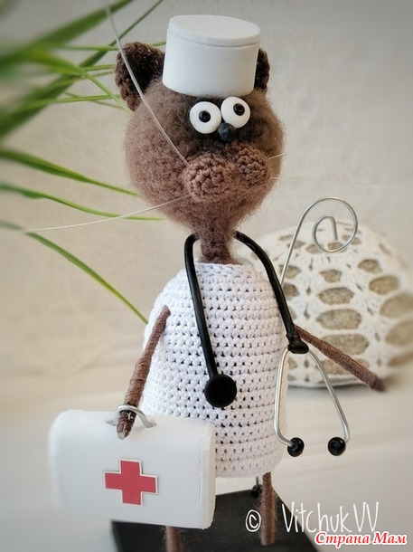 Сувенир для врача. Котик доктор.