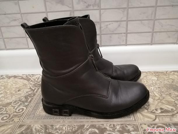 Продам обувь б/у на девочку 34-37 размеры. Россия