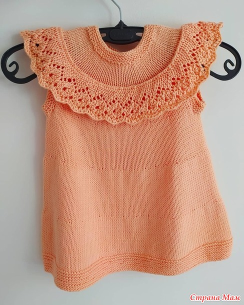 Детское платье с ажурной оборкой
