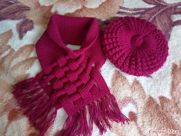 Берет и шарф-снуд спицами