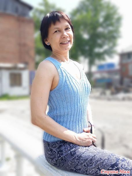 Блестящая майка из Yarnart Elegance по мотивам топа от Дропс