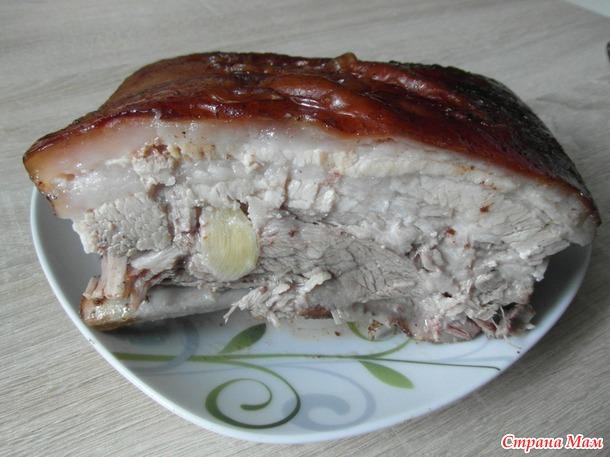 Запеченные свиные ребра.